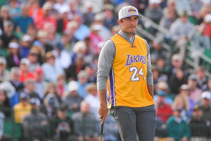 マックス・ホマは「24」のジャージで登場(Ben Jared/PGA TOUR via Getty Images) 2020年 ウェイストマネジメント フェニックスオープン 初日 マックス・ホマ
