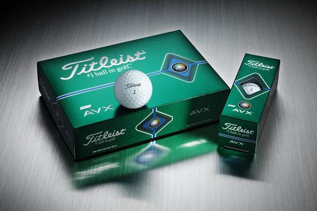 緑のパッケージが真新しい新ボール