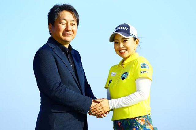 GOLFZON Japan株式会社の今野晃広代表取締役と青山加織