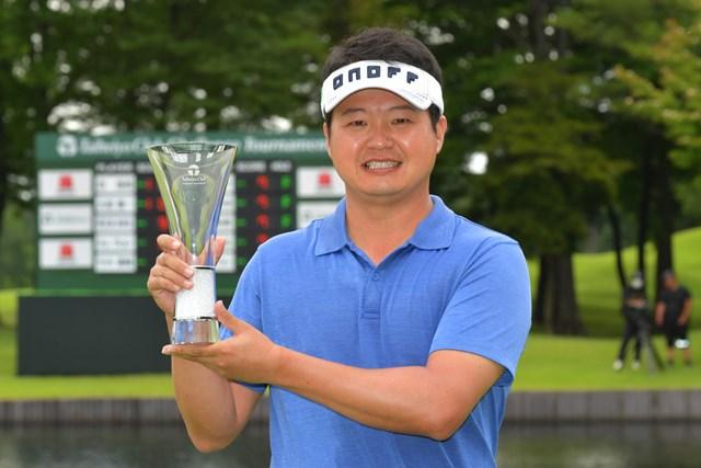 昨年のAbemaTVツアー賞金王・白佳和は「太平洋クラブチャレンジ」で優勝した(画像提供JGTO)