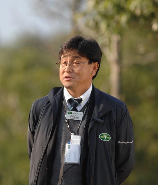 JGTOで競技委員のチーフを務める加納美智雄氏(JGTO提供画像)