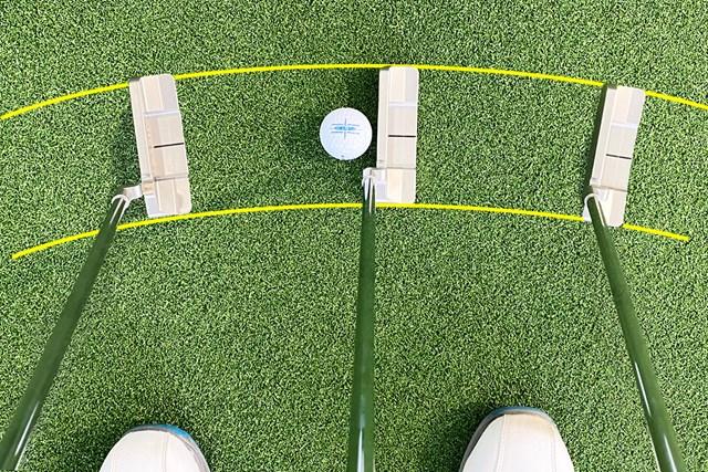 そもそも知ってた? アライメント系ボールの効果と選び方 度合は大小異なるが、どのタイプのパターでもイントゥ・イン軌道は起こる