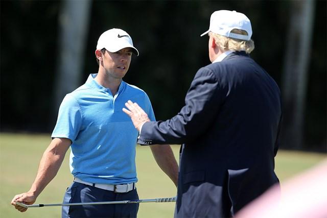 ロリー・マキロイ 米大統領就任前のトランプ氏(右)と話すロリー・マキロイ※写真は2016年「WGCキャデラック選手権」(Mike Ehrmann/Getty Images)