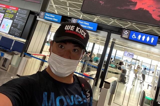 日本を飛び立つ前の空港での一枚(提供:松山英樹)