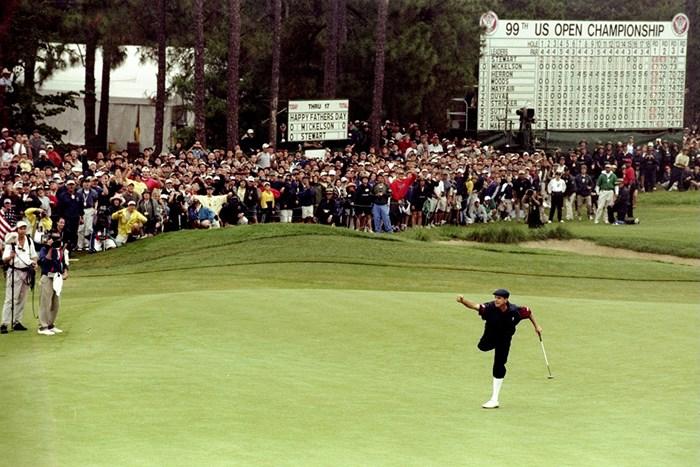 1999年全米オープンを制したペイン・スチュワート。4カ月後に飛行機事故で他界した(Getty Images) 1999年 全米オープン 最終日 ペイン・スチュワート
