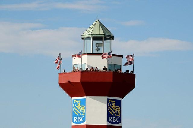 ヒルトンヘッド島名物の灯台に集まる人の姿も(Streeter Lecka/Getty Images)