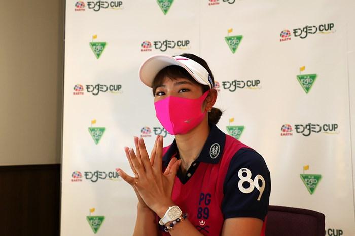 リモート会見後はミズノがつくったマスクを着用。原英莉花は前年のリベンジなるか(Getty Images/JLPGA提供) 2020年 アース・モンダミンカップ 事前 原英莉花