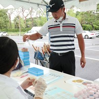 PCR検査を受けた時松隆光(提供:JGTO) 2020年 ゴルフパートナーエキシビショントーナメント 事前 時松隆光