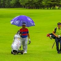 メンツは普段通りでも絵面は新鮮(提供:JGTO/JGTO images) 2020年 ゴルフパートナー エキシビショントーナメント(非公式) 事前 藤田寛之 宮本勝昌