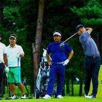 練習ラウンドは和気あいあいと(JGTO/JGTO images ) 2020年 ゴルフパートナー エキシビショントーナメント(非公式) 事前 時松隆光