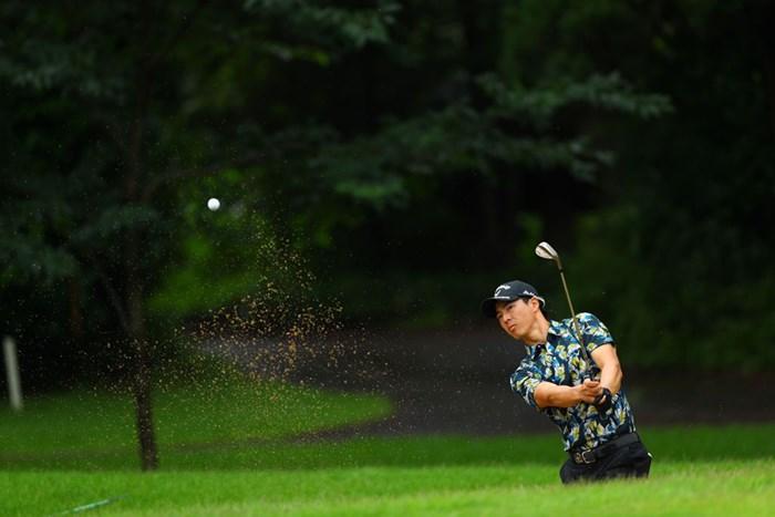 ウエッジで寄せて(提供:JGTO/JGTO images) 2020年 ゴルフパートナー エキシビショントーナメント(非公式) 最終日 石川遼