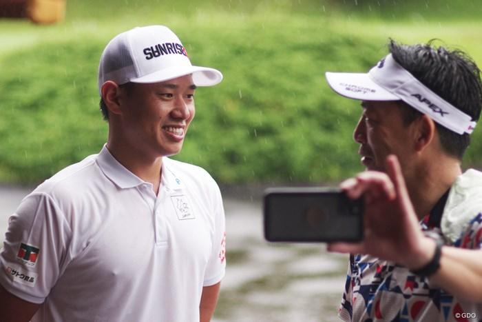 「すっごい気持ちいい!」ホールアウト後に笑顔を見せる中西直人 2020年 スピードゴルフ 中西直人
