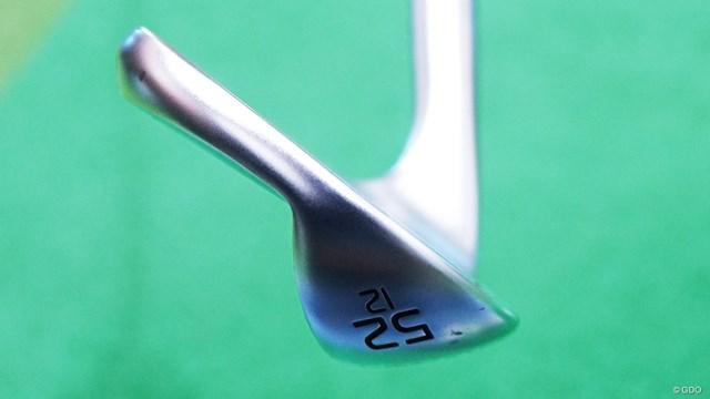 ソール形状は4種類(SS・EYE2・WS・TS)。画像は52度SS