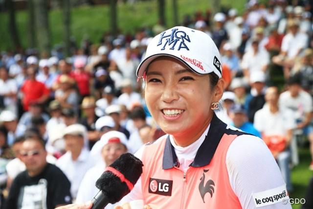 2016年 meijiカップ 最終日 イ・ボミ 記録的なペースで賞金を稼ぎ、2年連続の賞金女王に輝いた