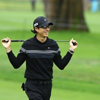 午前中にプレーした石川遼はセーター姿で 2020年 全米プロゴルフ選手権 初日 石川遼