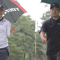 ペアマッチでは吉田優利(左)とコンビを組んだ時松隆光。笑顔とキメ顔のコントラスト 吉田優利 時松隆光