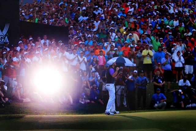 2014年 全米プロゴルフ選手権 最終日 ロリー・マキロイ 夕闇の中のメジャー王者。マキロイが勝ち切った( David Cannon/Getty Images)
