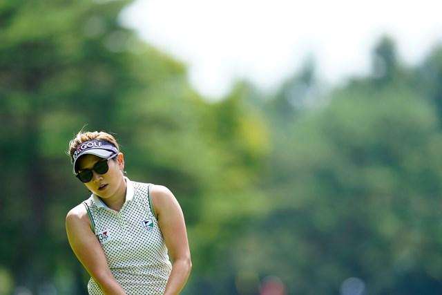 第1ラウンドを終え、左手親指痛のために棄権をした成田美寿々(代表撮影:岡沢裕行)