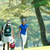 なんか良い雰囲気の2人(代表撮影:岡沢裕行) 2020年 NEC軽井沢72ゴルフトーナメント 初日 若林舞衣子