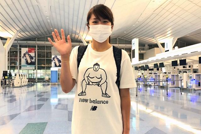 2020年 AIG女子オープン 事前 稲見萌寧 白米持参で渡英した稲見萌寧。Tシャツもかわいい(提供:クロス・ビー)