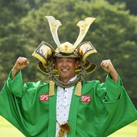 2年ぶりのシニア4勝目を飾った鈴木亨(提供:日本プロゴルフ協会) 2020年 プロゴルファー誕生100周年記念 ISPS HANDA コロナに喝!シニアトーナメント 最終日 鈴木亨