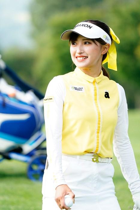 今日はイエロー系で(代表撮影/上山敬太) 2020年 ニトリレディスゴルフトーナメント 2日目 臼井麗香