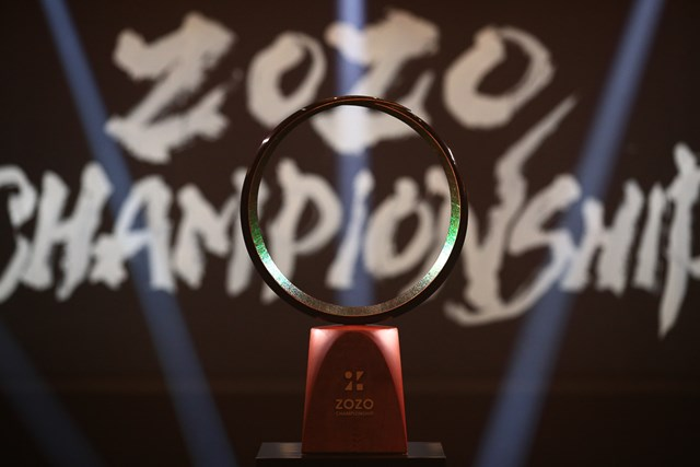 ZOZO ZOZOチャンピオンシップトロフィー(ZOZOチャンピオンシップ提供画像)
