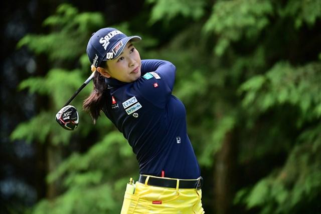 昨年の初優勝に続き、ツアー2勝目を飾った小祝さくら (Atsushi Tomura/Getty Images)
