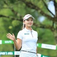 白で統一しました(代表撮影・渡辺義孝) 2020年 ゴルフ5レディス プロゴルフトーナメント 最終日 セキ・ユウティン
