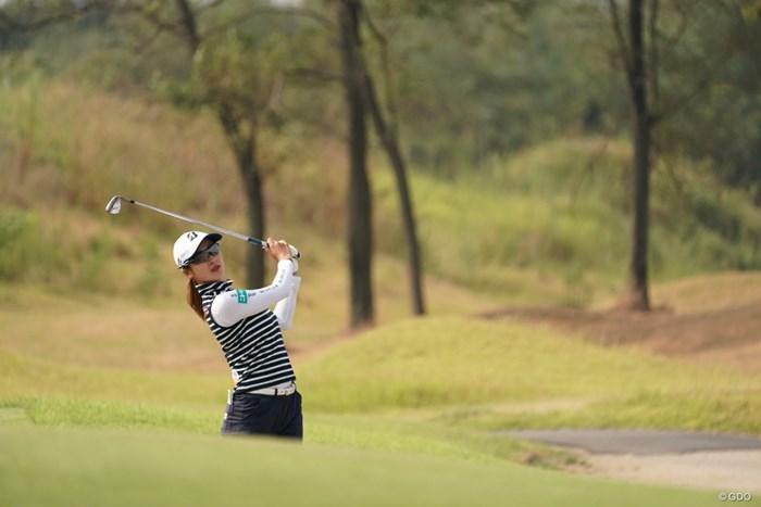 ラフからの練習も欠かせない 2020年 日本女子プロゴルフ選手権大会コニカミノルタ杯 事前 松田鈴英