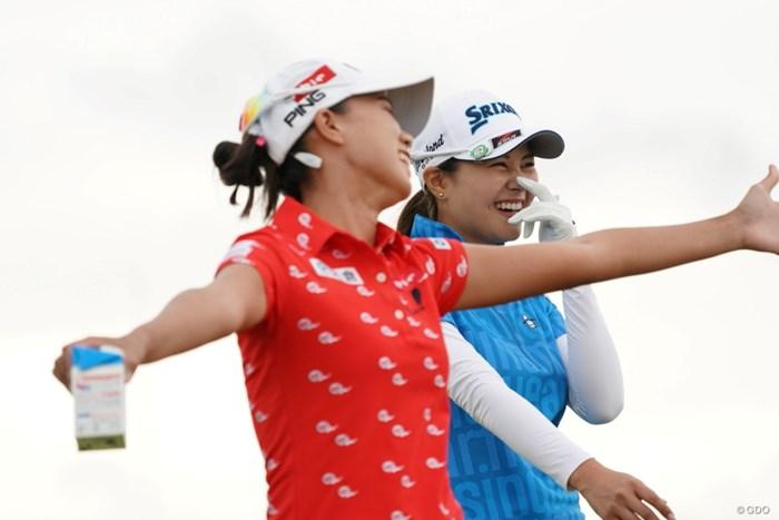 盛り上がってる~ 2020年 日本女子プロゴルフ選手権大会コニカミノルタ杯 2日目 新垣比菜