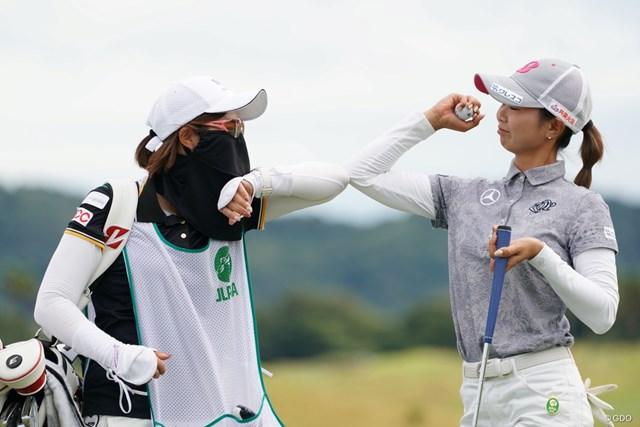 2020年 日本女子プロゴルフ選手権大会コニカミノルタ杯 最終日 金澤志奈 肘タッチなんです