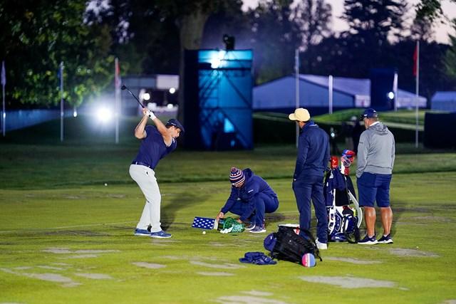 2021年 全米オープン 3日目 ブライソン・デシャンボー デシャンボーの居残り練習(Darren Carroll/USGA)