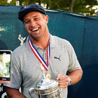 うれしそう(Darren Carroll/USGA) 2021年 全米オープン 4日目 ブライソン・デシャンボー