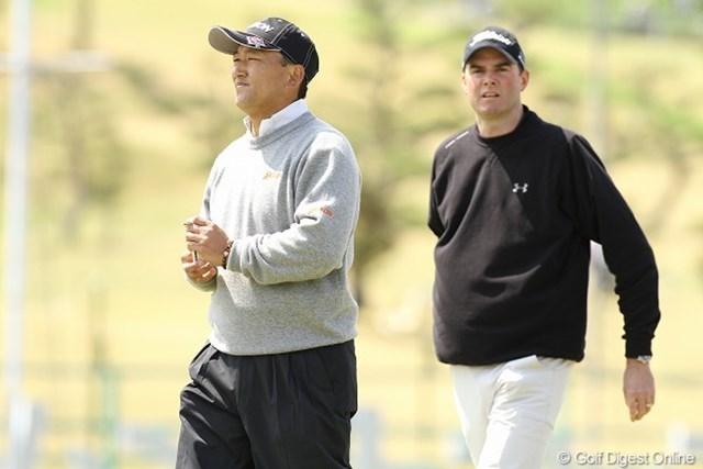 3日間全く同じスコアの細川和彦とD.スメイル。8位タイで最終日を迎える.
