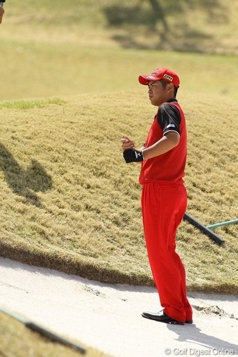 3日目に1番多くのギャラリーを引き連れていた池田勇太。写真は最終ホールでボギーの原因となったバンカー目玉・・・. 池田勇太/東建ホームメイトカップ3日目