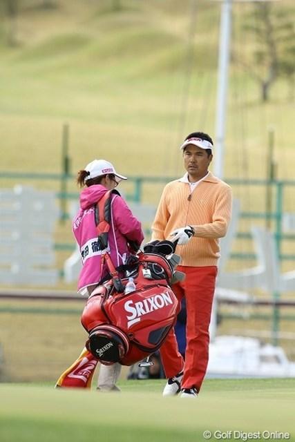 バーディを獲ってもボギー叩いても、表情が変わらない森田徹は8位タイ
