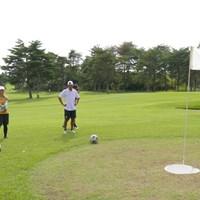 このカップに入れるのが意外と難しい フットゴルフのグリーン/高橋陽一カップ2020