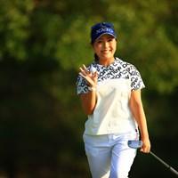 カメラマンが来るとバーディ説。まあこの笑顔見られるなら18ホール行きますか! 2020年 日本女子オープンゴルフ選手権 2日目 青木瀬令奈