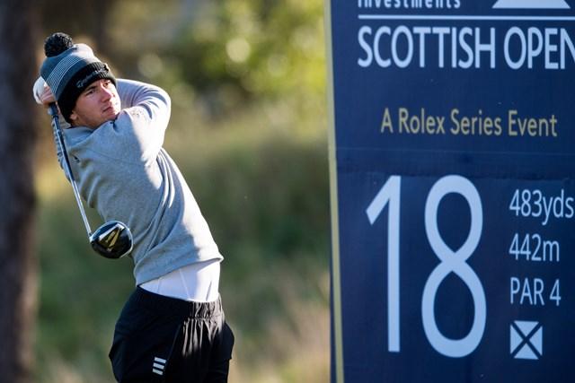 2020年 ASIスコットランドオープン  2日目 ルーカス・ハーバート 寒空のスコットランド。ハーバートが首位に立った(Ross Parker SNS Group/Getty Images)