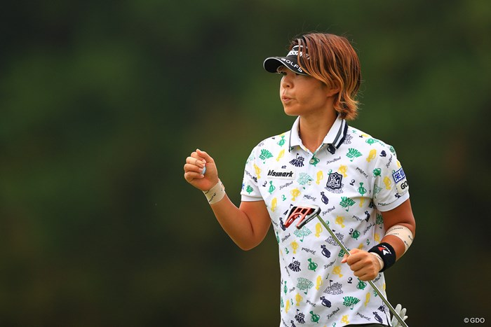 これが噂のエアーグータッチ 2020年 日本女子オープンゴルフ選手権 3日目 穴井詩