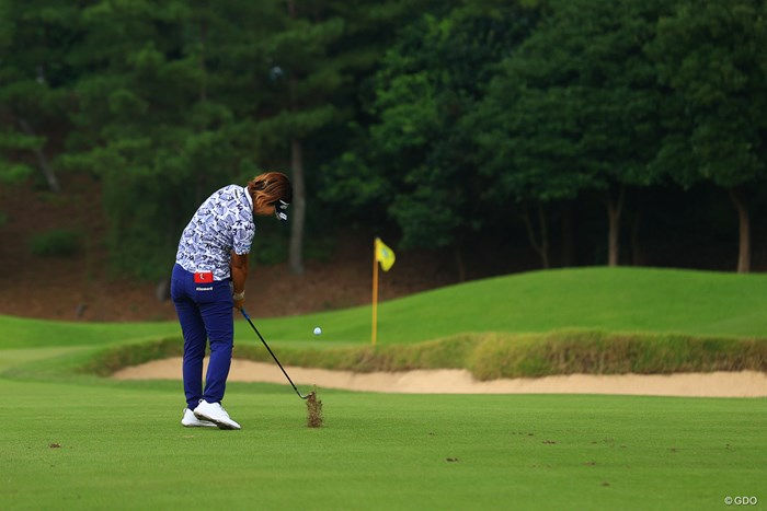 HOLE4セカンドショット 2020年 日本女子オープンゴルフ選手権 最終日 穴井詩