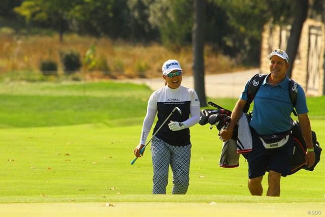 2020年 KPMG全米女子プロゴルフ選手権 事前 畑岡奈紗 悲願のメジャー制覇へ最終調整する畑岡奈紗(左)