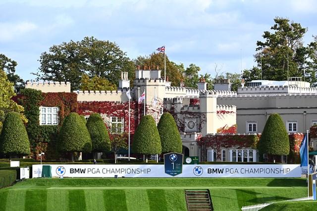 ウェントワースGC PGA-BMW選手権が行わえるウェントワースGCのスタートホールとクラブハウス (Ross Kinnaird/Getty Images)