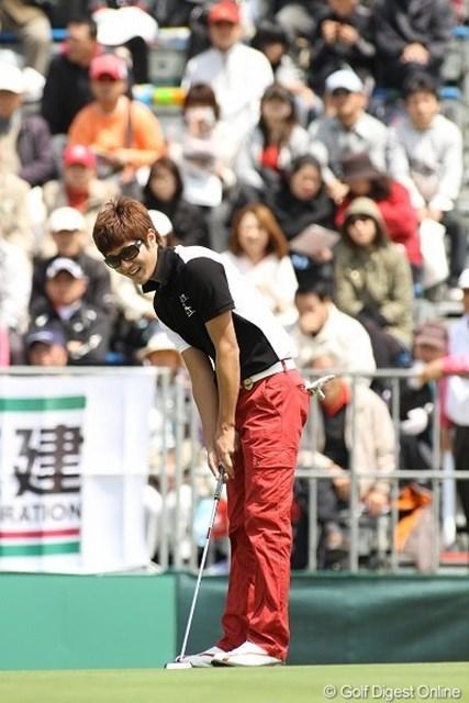 許仁會/東建ホームメイトカップ最終日 許仁會、Kポップのスターみたいな風体だがれっきとしたプロゴルファー