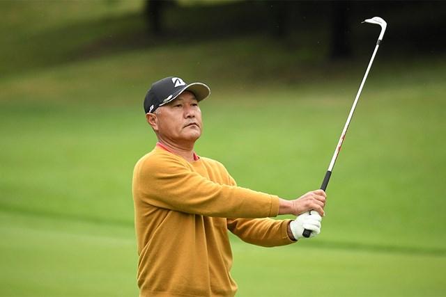 2020年 日本プロゴルフシニア選手権大会 住友商事・サミットカップ 2日目 比嘉勉 首位を守った比嘉勉(提供:日本プロゴルフ協会)