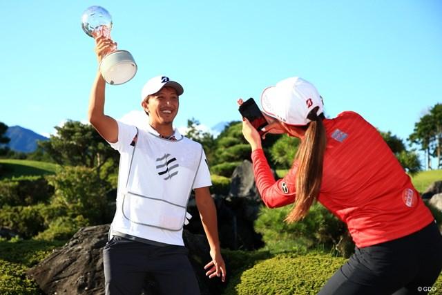 2020年 スタンレーレディスゴルフトーナメント 最終日 稲見萌寧 楽しんでるんね~優勝者の特権