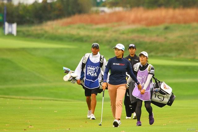 2020年 KPMG全米女子プロゴルフ選手権 4日目 渋野日向子 渋野日向子は優勝者が決まった直後の18番グリーンへ向かった
