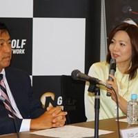 ゴルフ大好きという岩瀬アナの質問を何でもやさしく解説する湯原信光 2010年 ホットニュース 湯原信光 岩瀬惠子