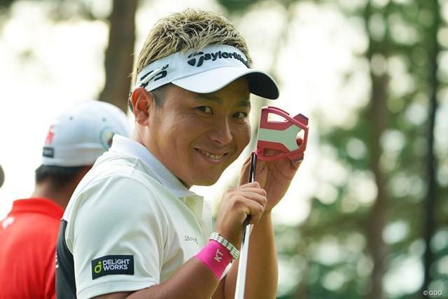 2020年 日本オープンゴルフ選手権競技 2日目 池村寛世 このピンクのパターが、今日は爆発しちゃいました。